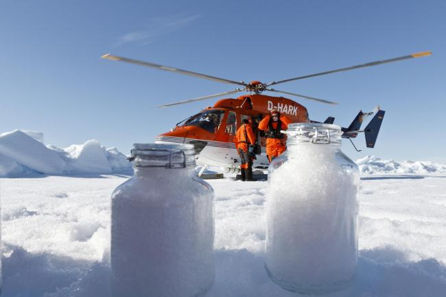 Scientists from the Alfred Wegener Institute collecting ice samples