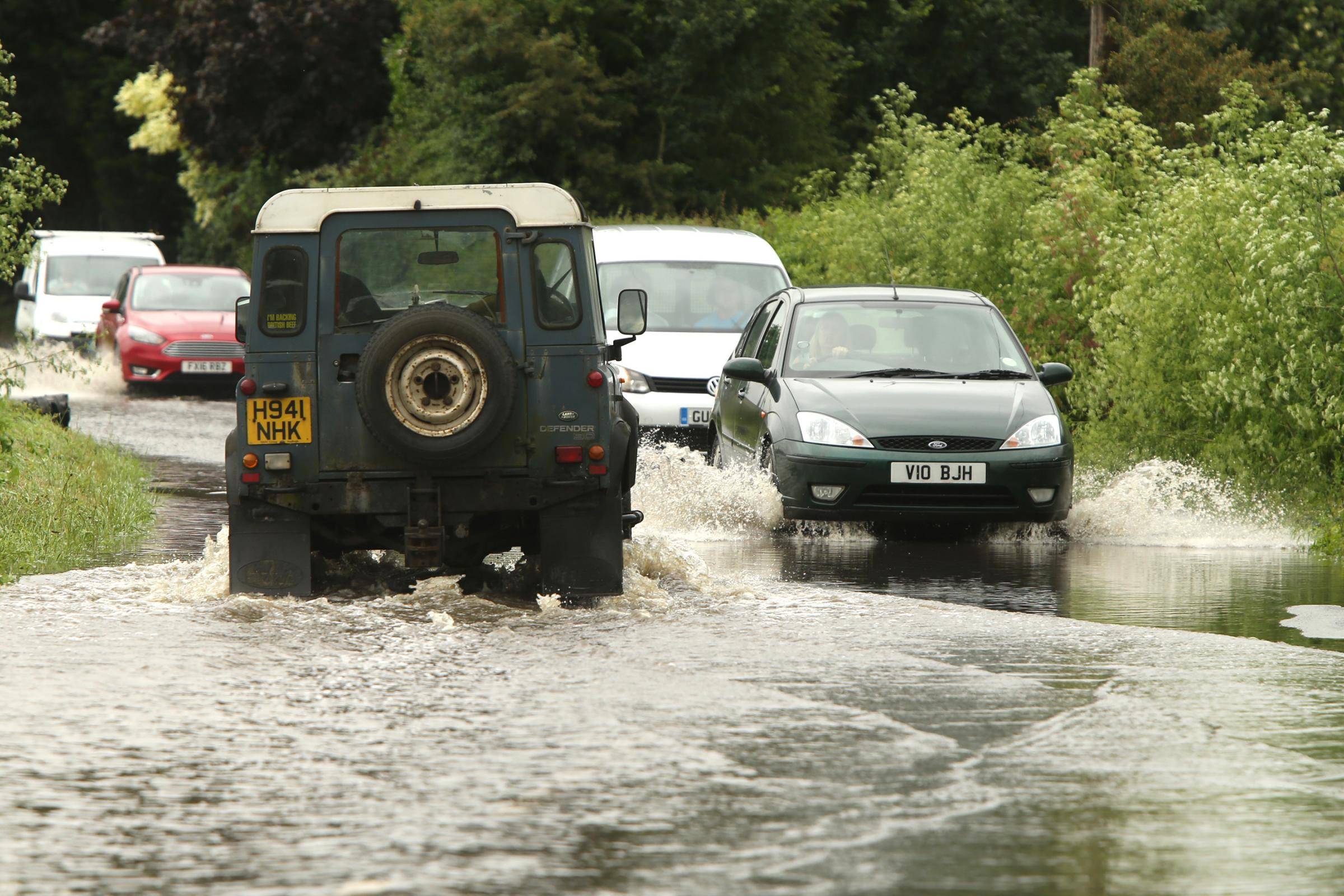Met Office issues yellow weather warning for heavy rain