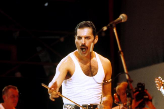 Freddie Mercury of Queen on stage