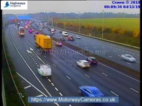 Traffic slowing on M25 at Rickmansworth. Credit: Highways England