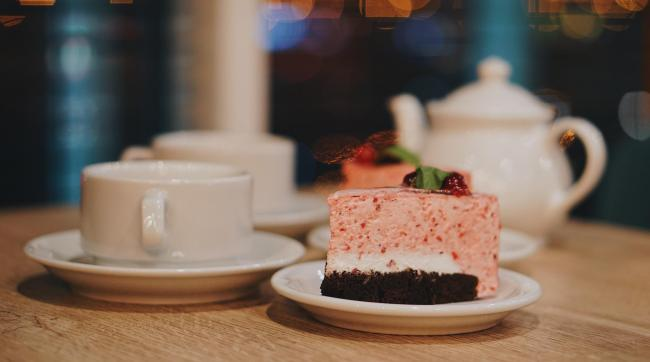 There's a new 'Memory Lane Cafe' in Harpenden for those with living with dementia and their loved ones. Photo: Unsplash, Oleg Ivanov