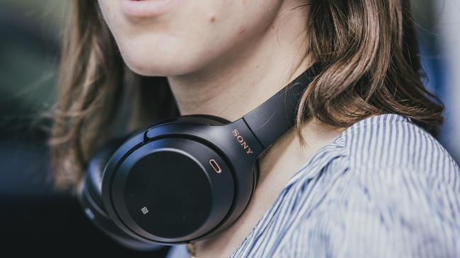 Our favourite noise-canceling headphones are at a great discount right now. (Photo: Reviewed / Jackson Ruckar)
