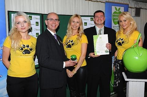 Restaurant receives award for environmentally friendly practice