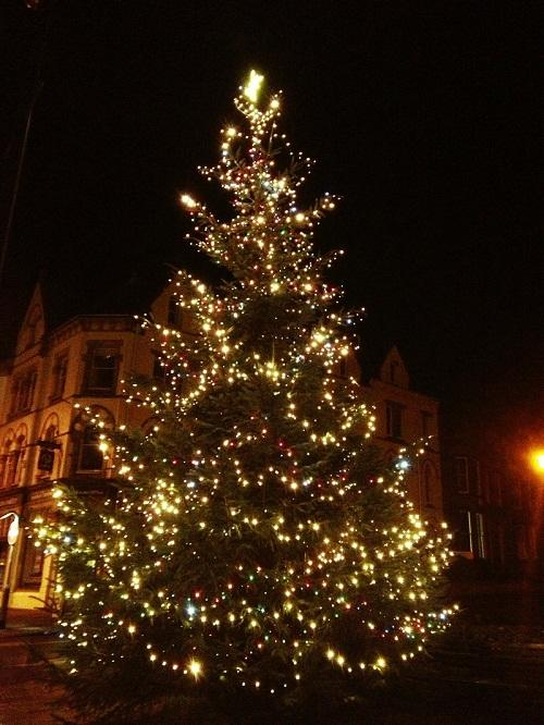 St Albans & Harpenden Review: Ilkley's Christmas tree