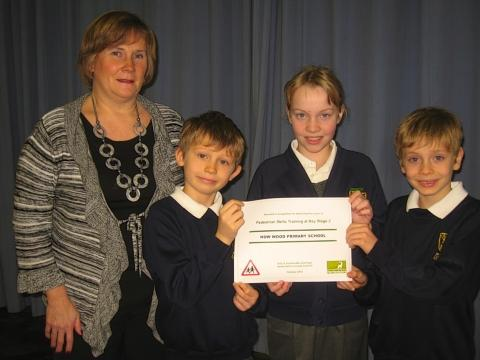 Primary school presented with road safety award