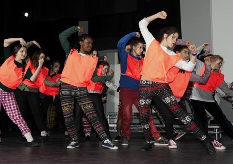 Young performers get ready for Gang Show