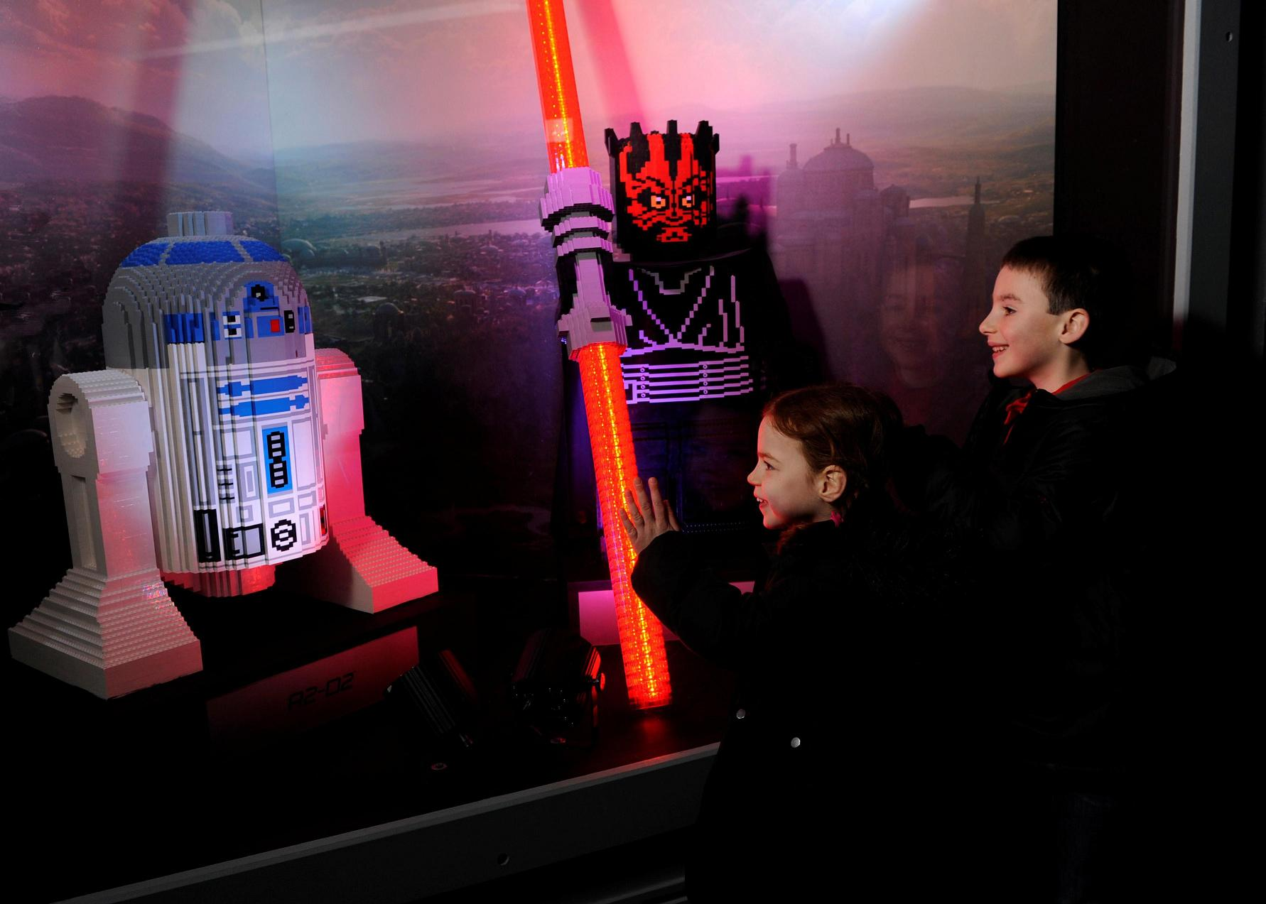 The Force will definitely be with you this weekend if you strap on your lightsaber and step into your land cruiser for a trip to the LEGOLAND® Windsor Resort for a Star Wars™ spectacular