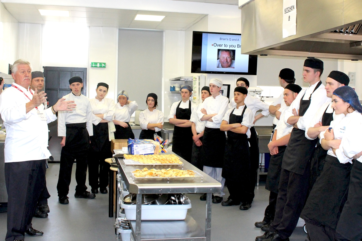 TV chef Brian Turner gives cooking masterclass at Oak