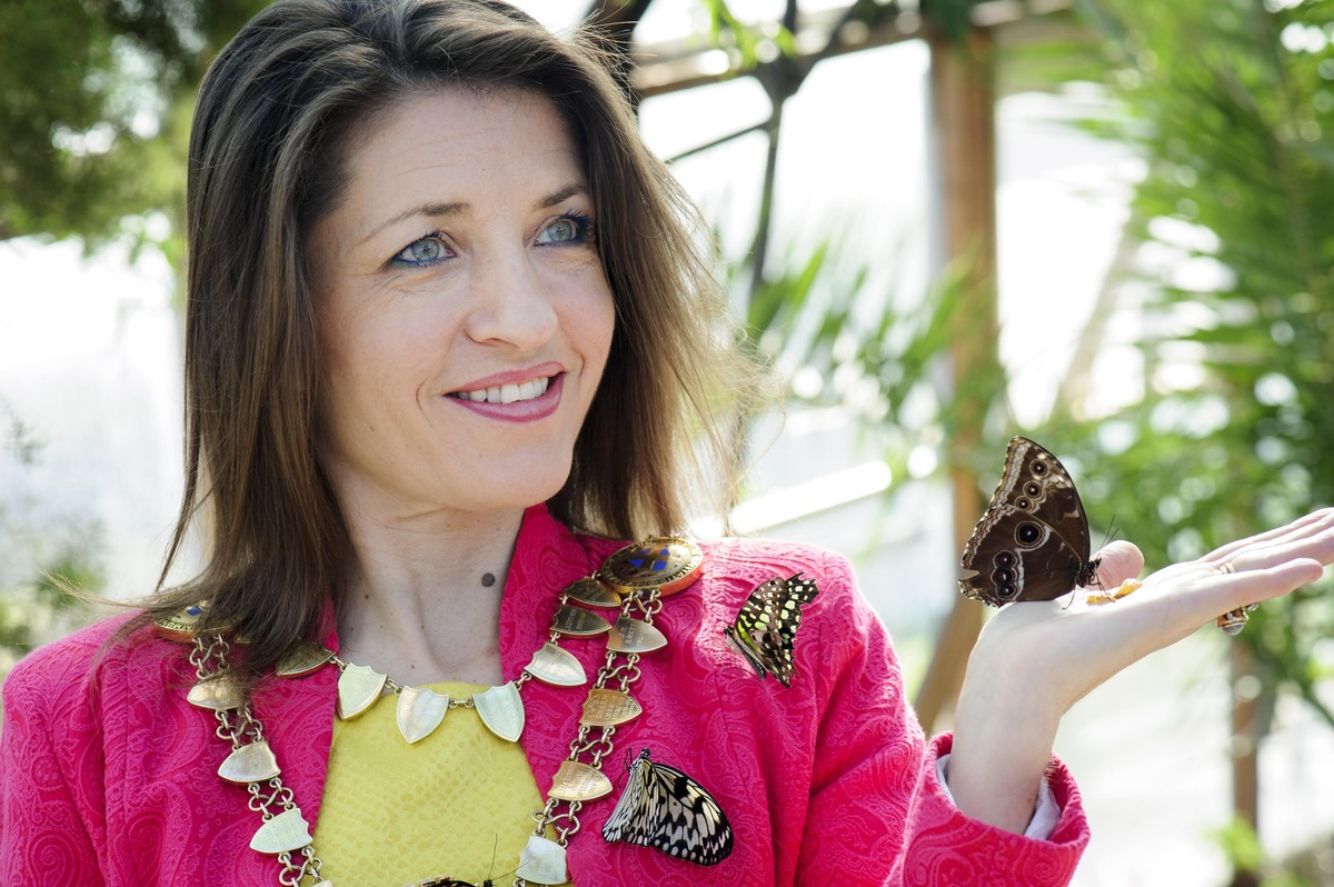 St Albans mayor officially opens Butterfly World for 2014