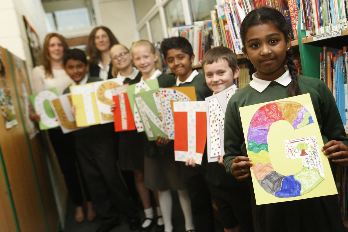 Oakwood Primary School celebrates 'outstanding' Ofsted