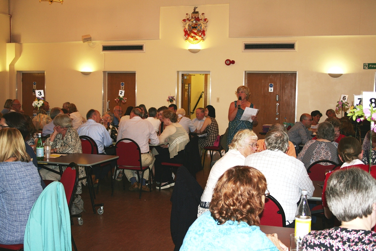 Mayor's quiz raises hundreds of pounds for charity