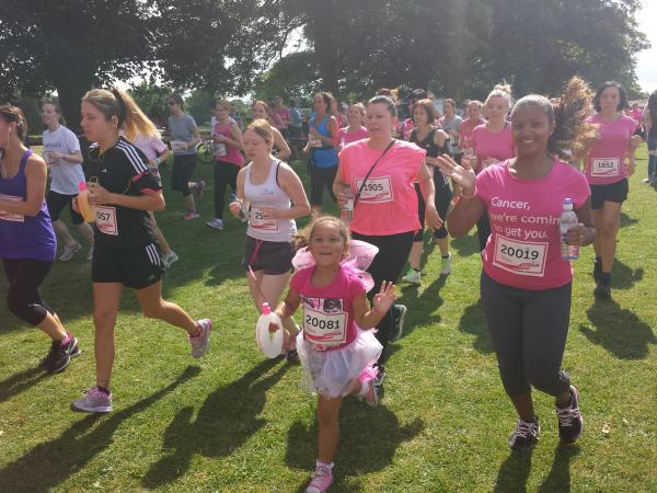 Women turn the park pink during St Albans Race For Life