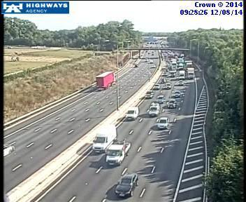 M25 traffic: severe delays following lorry crash
