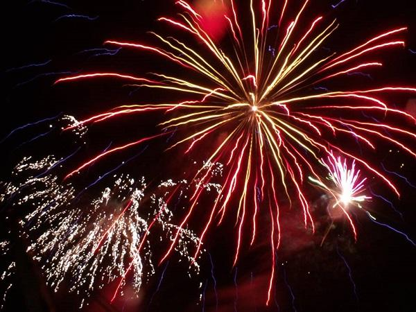 St Albans & Harpenden Review: Firework Spectacular