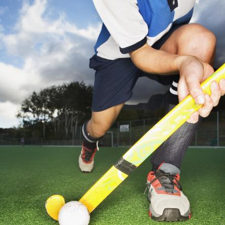 Hockey: St Albans go top with big win