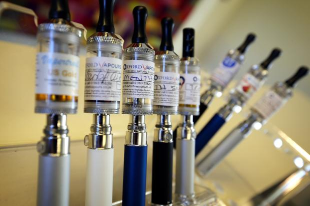 St Albans & Harpenden Review: 13-01-2014.OXFORD VAPER, NEW E-CIGARETTES LOUNGE, CORN STREET, WITNEY.Display of e-cigarettes...Copy: Gill Sutherland.Catchline: Vaping story.Length: lead.OX64600  Damian Halliwell..