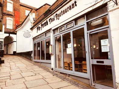 'Highly regarded' Pin Petch restaurant on market in St Albans