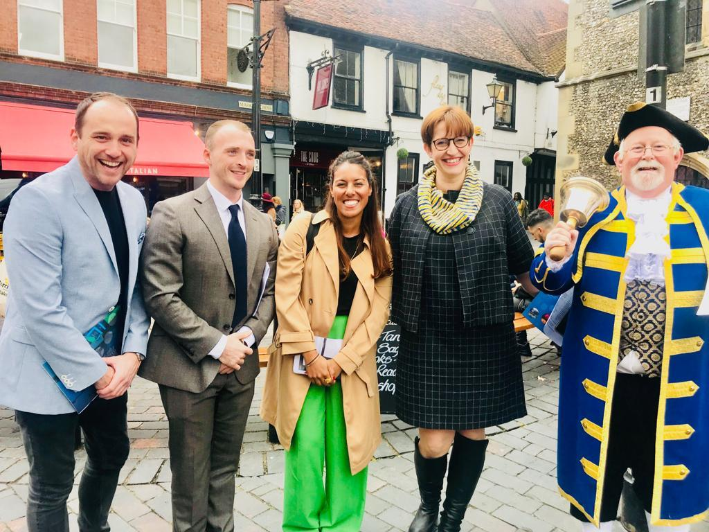 Sean Hughes (Chair of St Albans BID), Dan Whytock (Judge), Noran Eid (Visa Judge), Helen Burridge (BID) and Stephen Potter (Town Cryer)