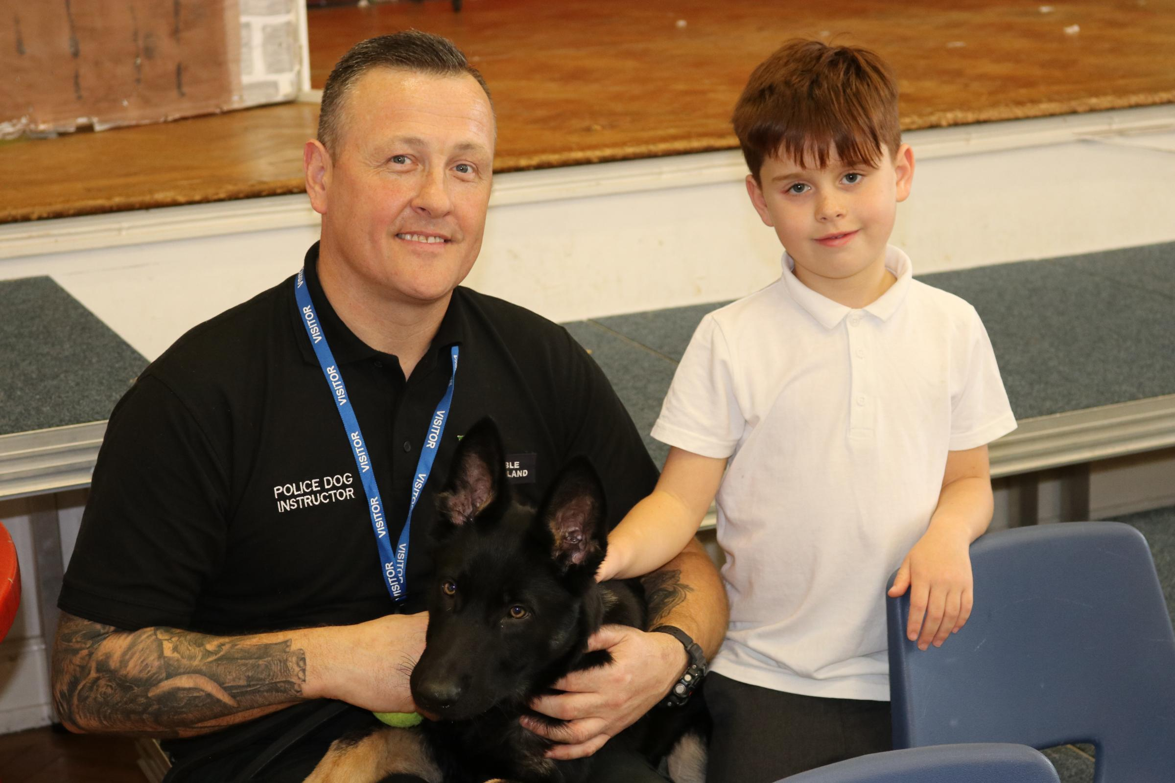 Police puppies visit school in Harpenden