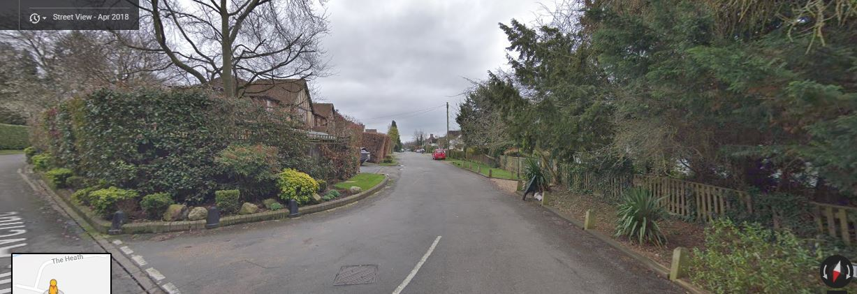 The scary experience took place in Beech Avenue, Radlett