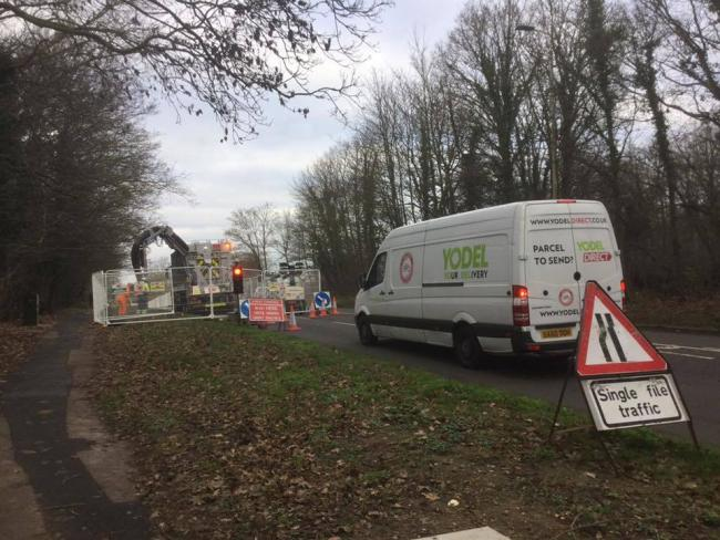 These temporary lights to facilitate permanent signals caused chaos on roads around Radlett in January